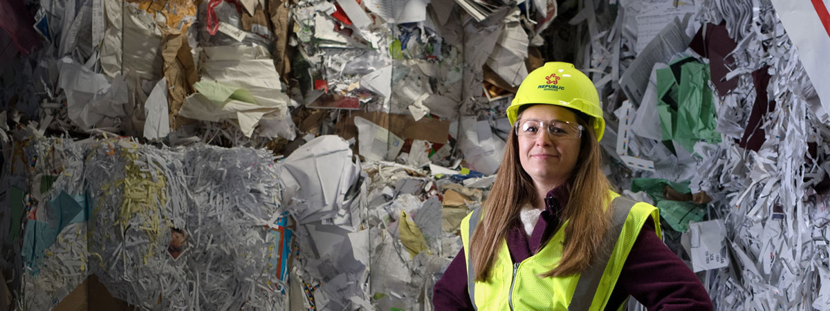 Image of Beth MacKenzie, a Recycling Coordinator at The University of Iowa
